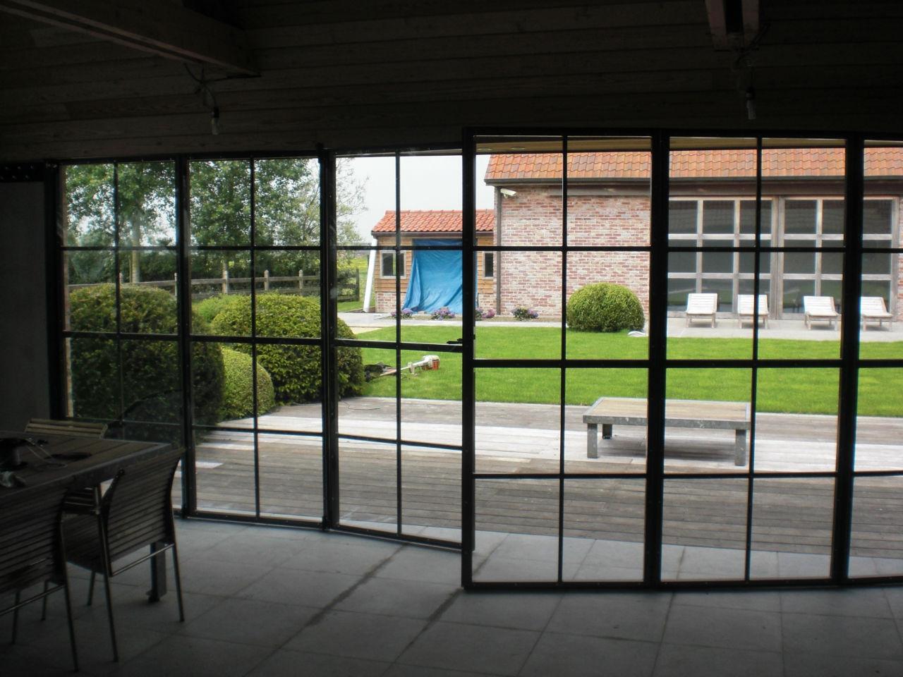 plexiglas raam